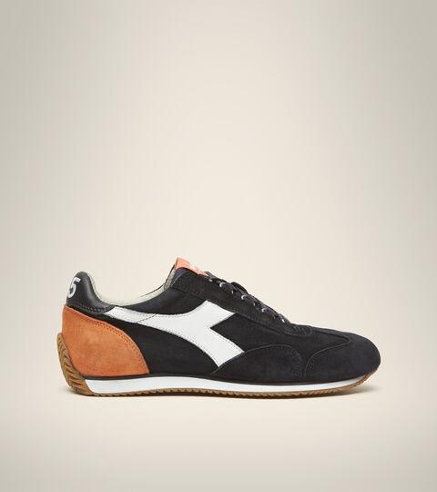 Heritage shoe - Unisex EQUIPE SUEDE SW BLACK PHANTOM - Diadora