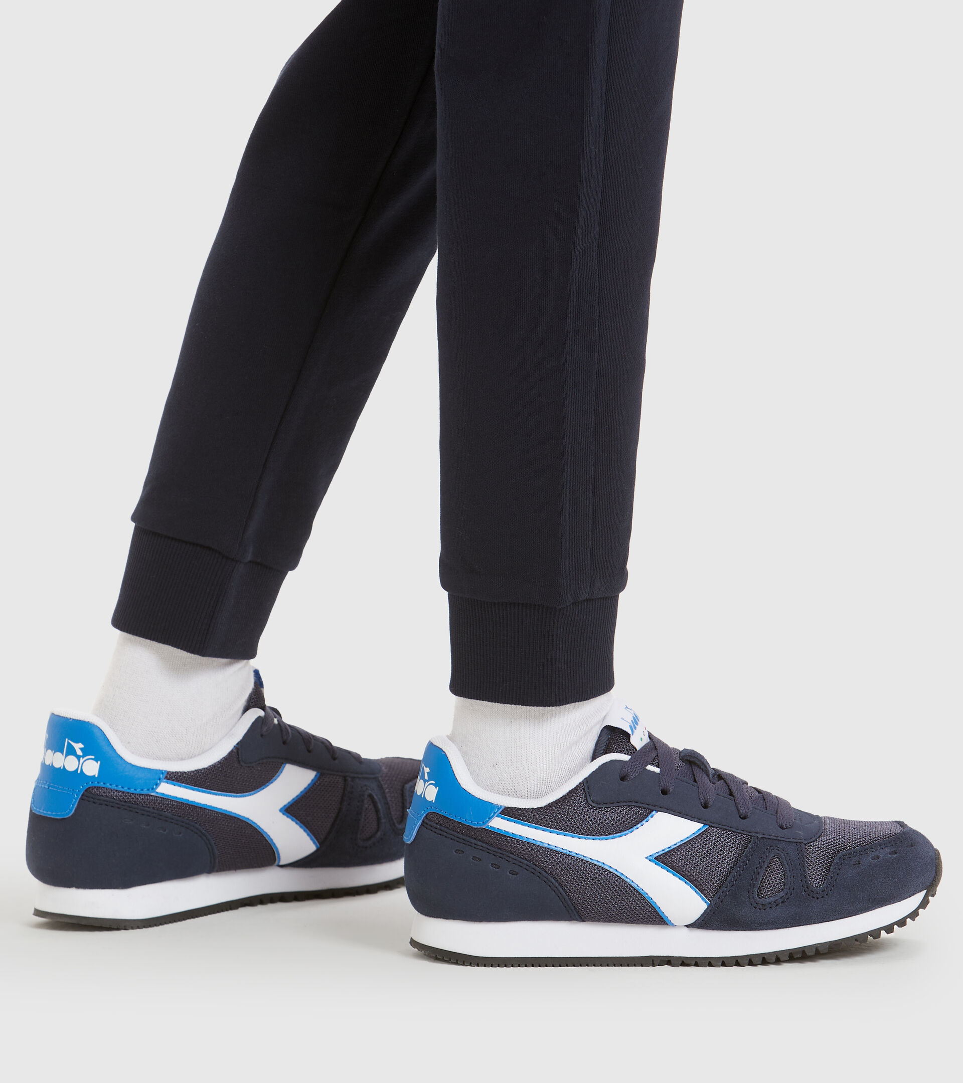 Footwear Sport BAMBINO SIMPLE RUN GS NEGRO IRIS Diadora