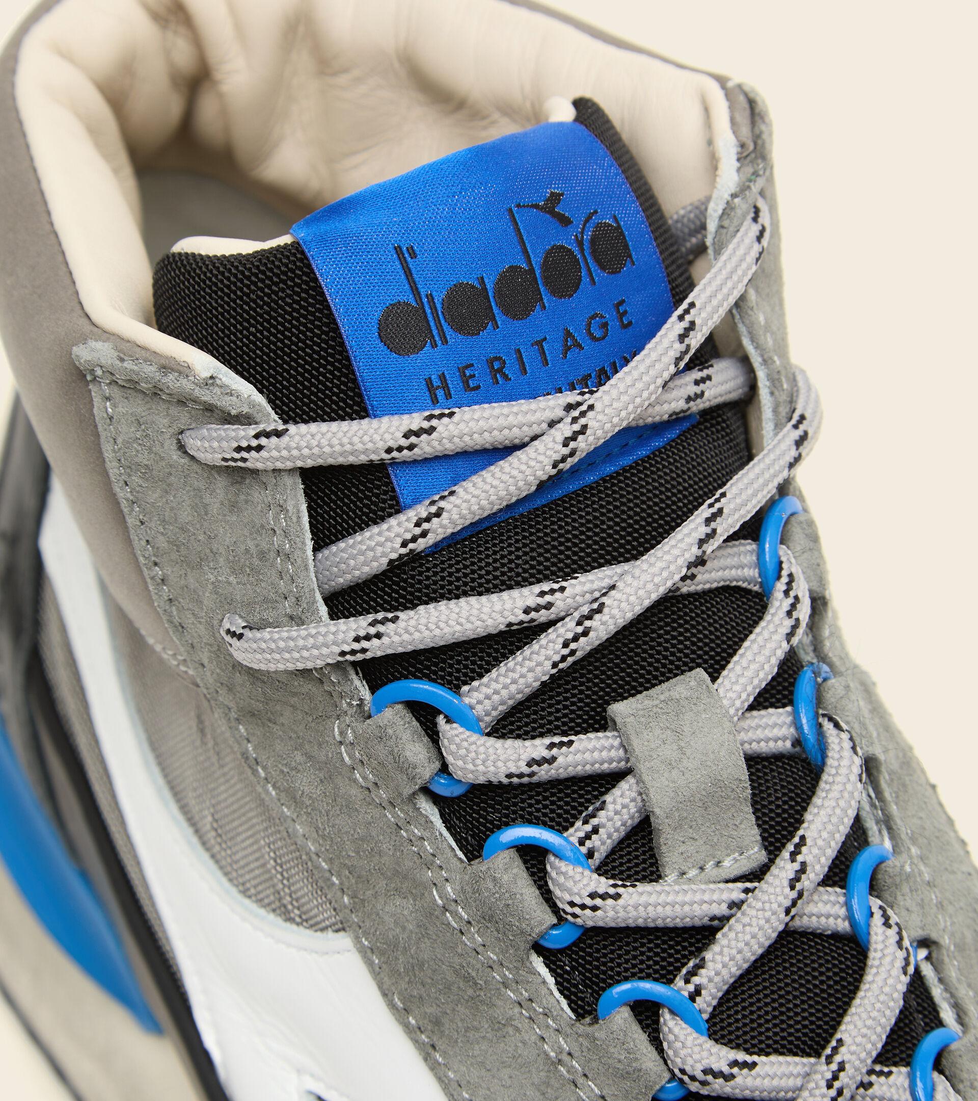 Footwear Heritage UNISEX EQUIPE MID MAD ITALIA NUBUCK SW ASH GREY Diadora