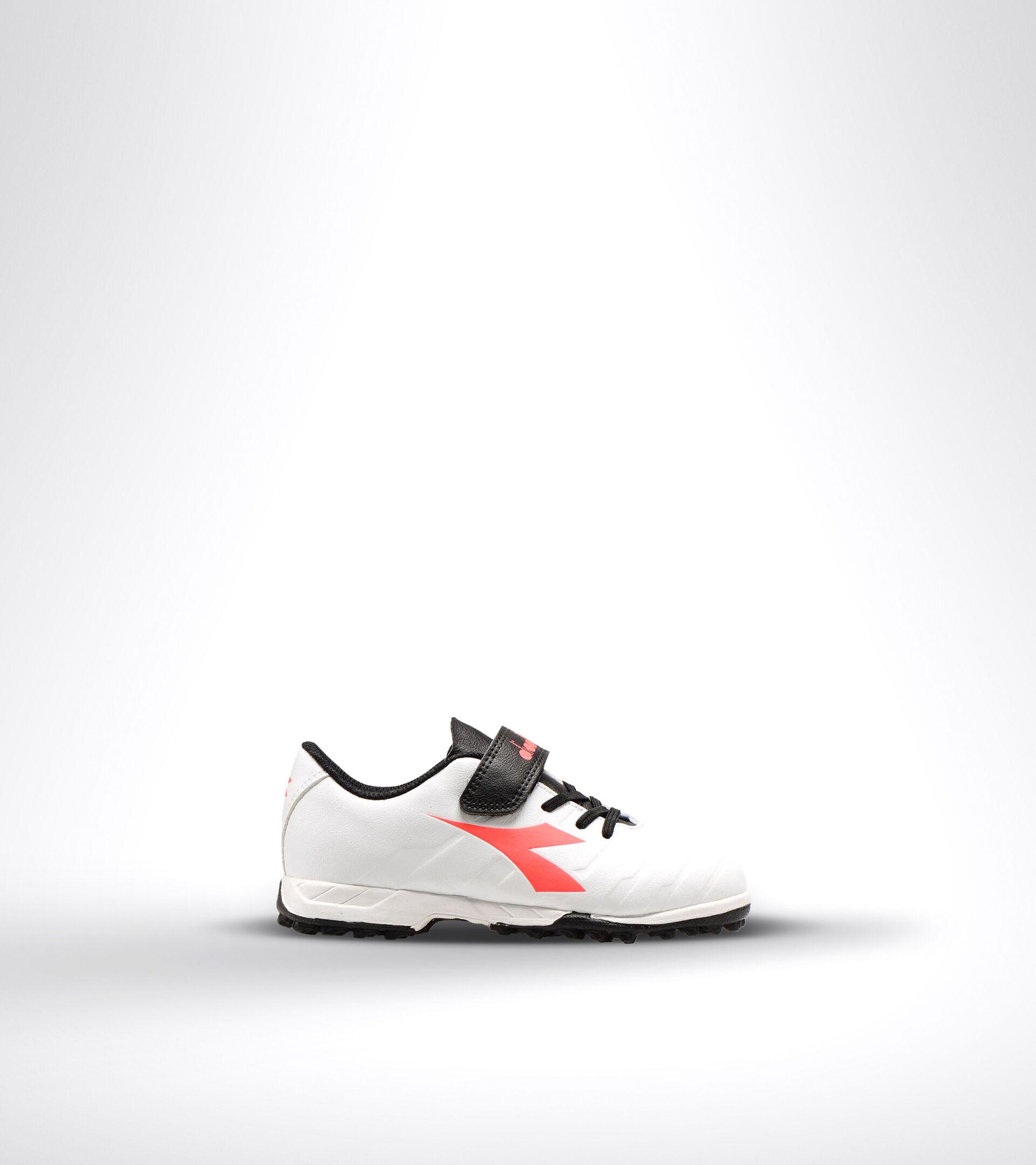Footwear Sport BAMBINO PICHICHI 3 TF JR VE WHITE/BLACK/RED FLUO Diadora