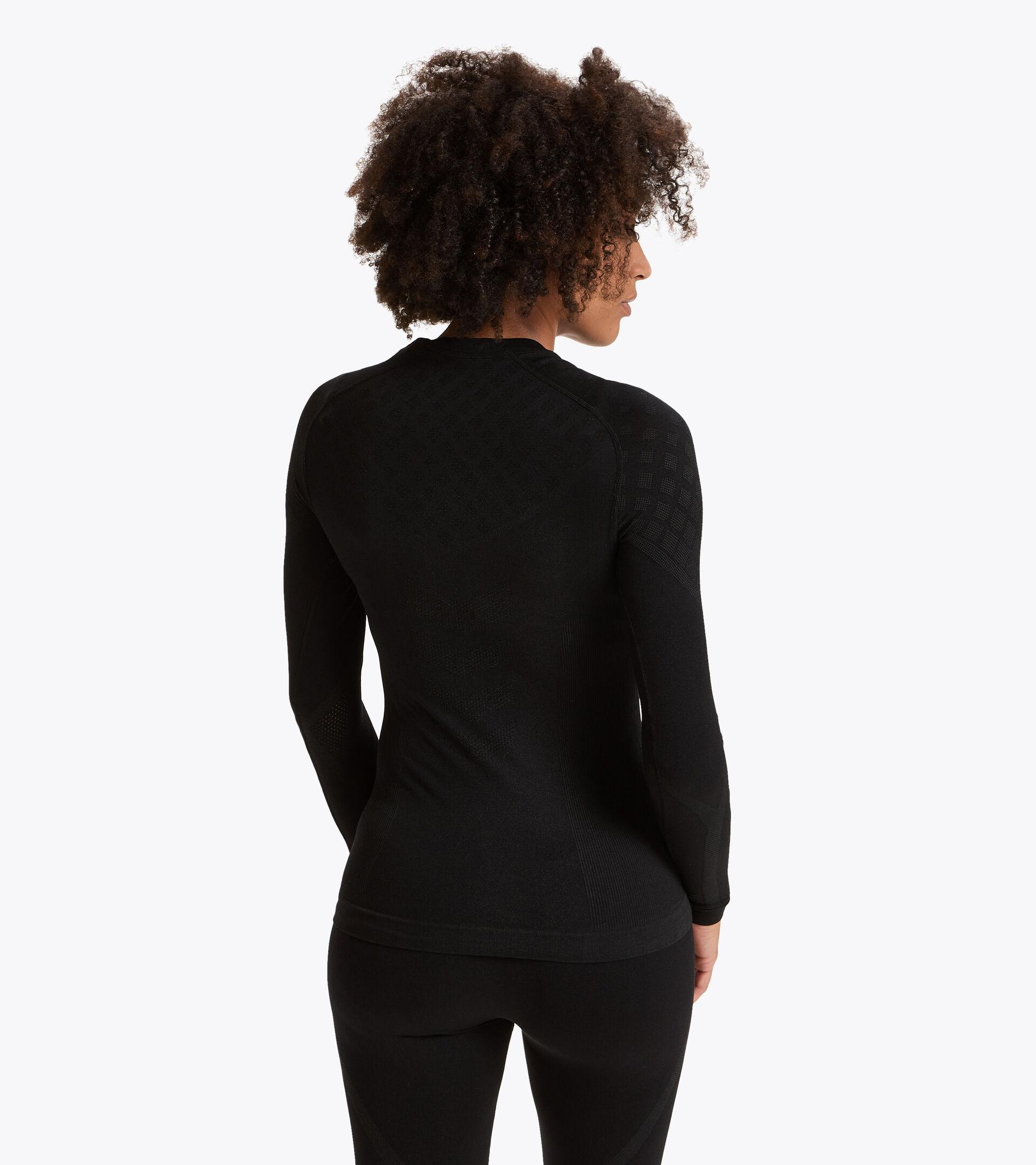 Camiseta de entrenamiento de manga larga - Mujer L. LS T-SHIRT ACT NEGRO - Diadora