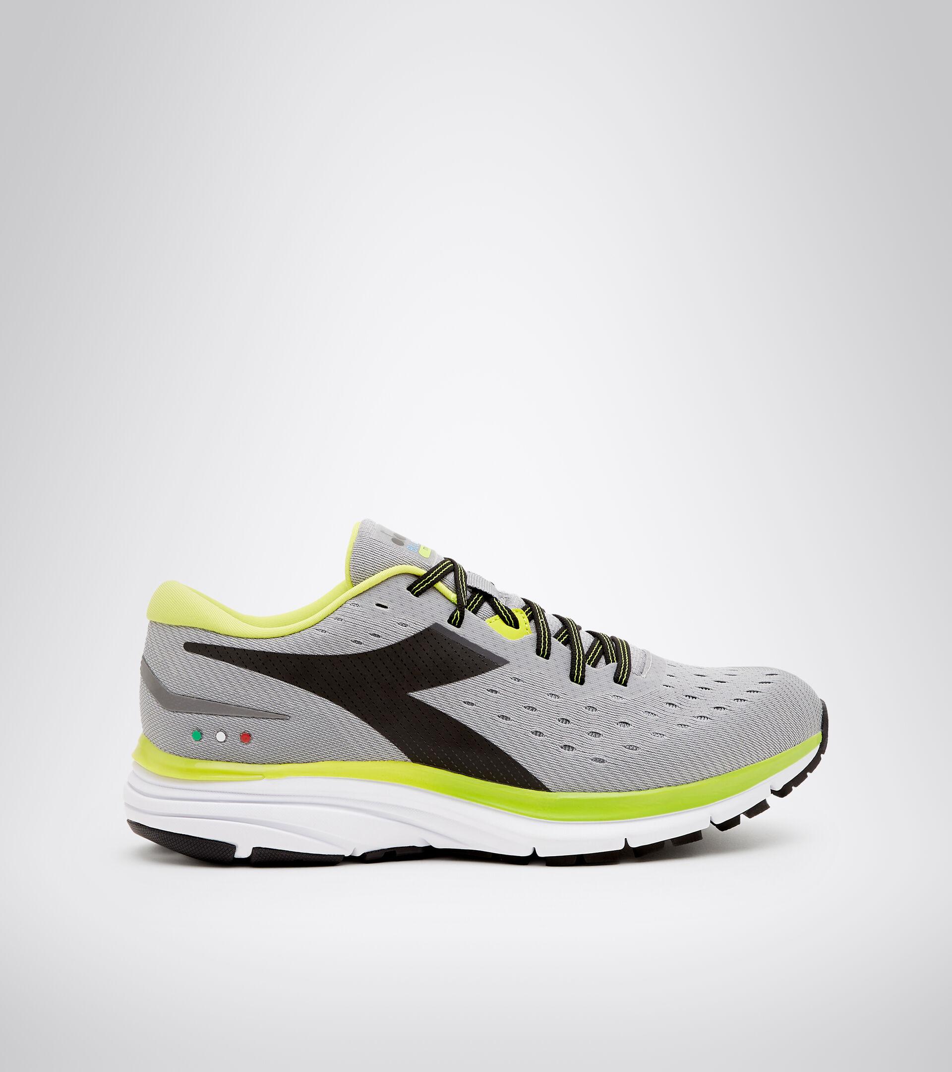 Footwear Sport UOMO MYTHOS BLUSHIELD 6 ALLOY/STEEL GRAY/BLACK Diadora