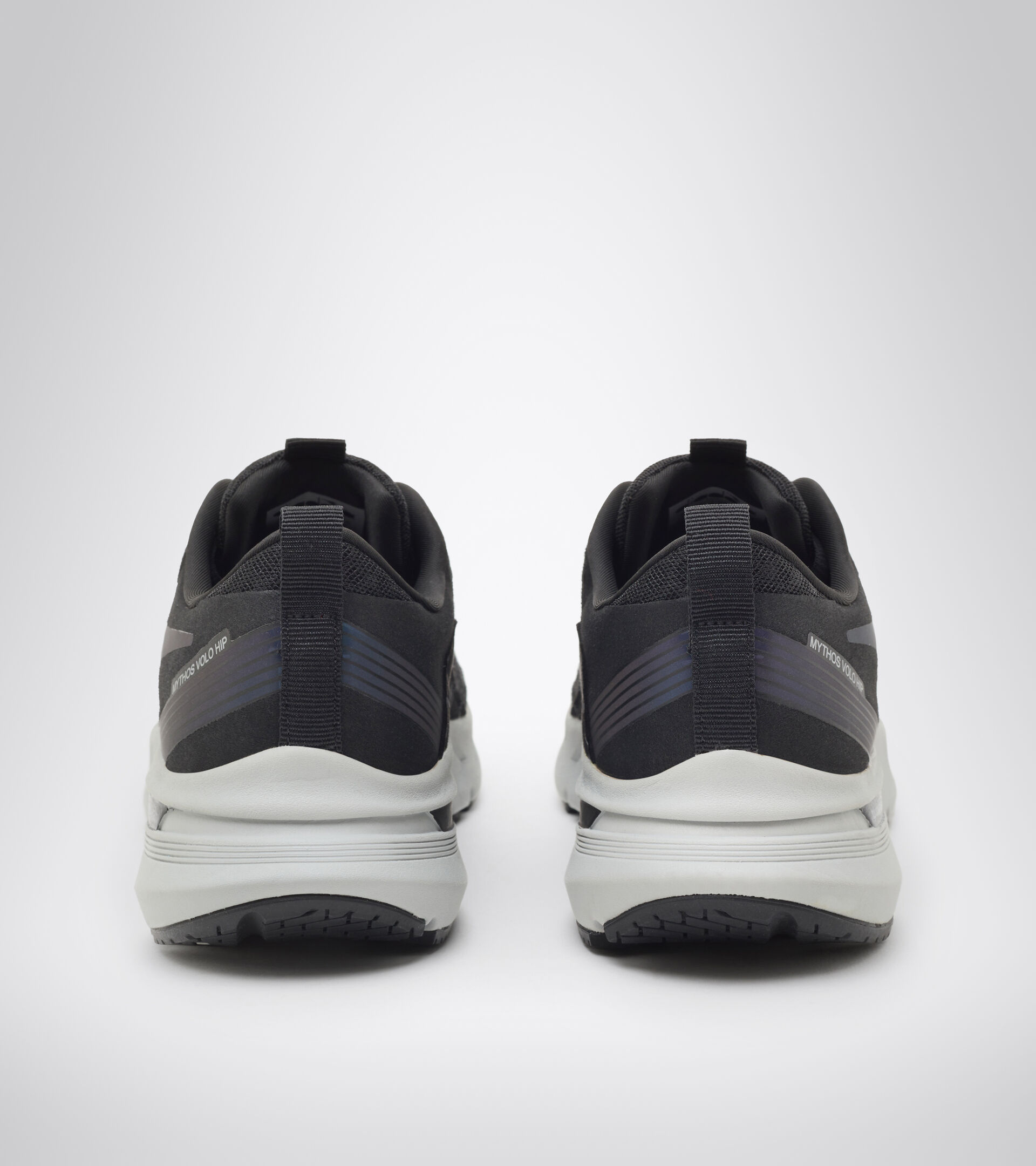 Footwear Sport DONNA MYTHOS BLUSHIELD VOLO HIP W BLACK/SILVER Diadora