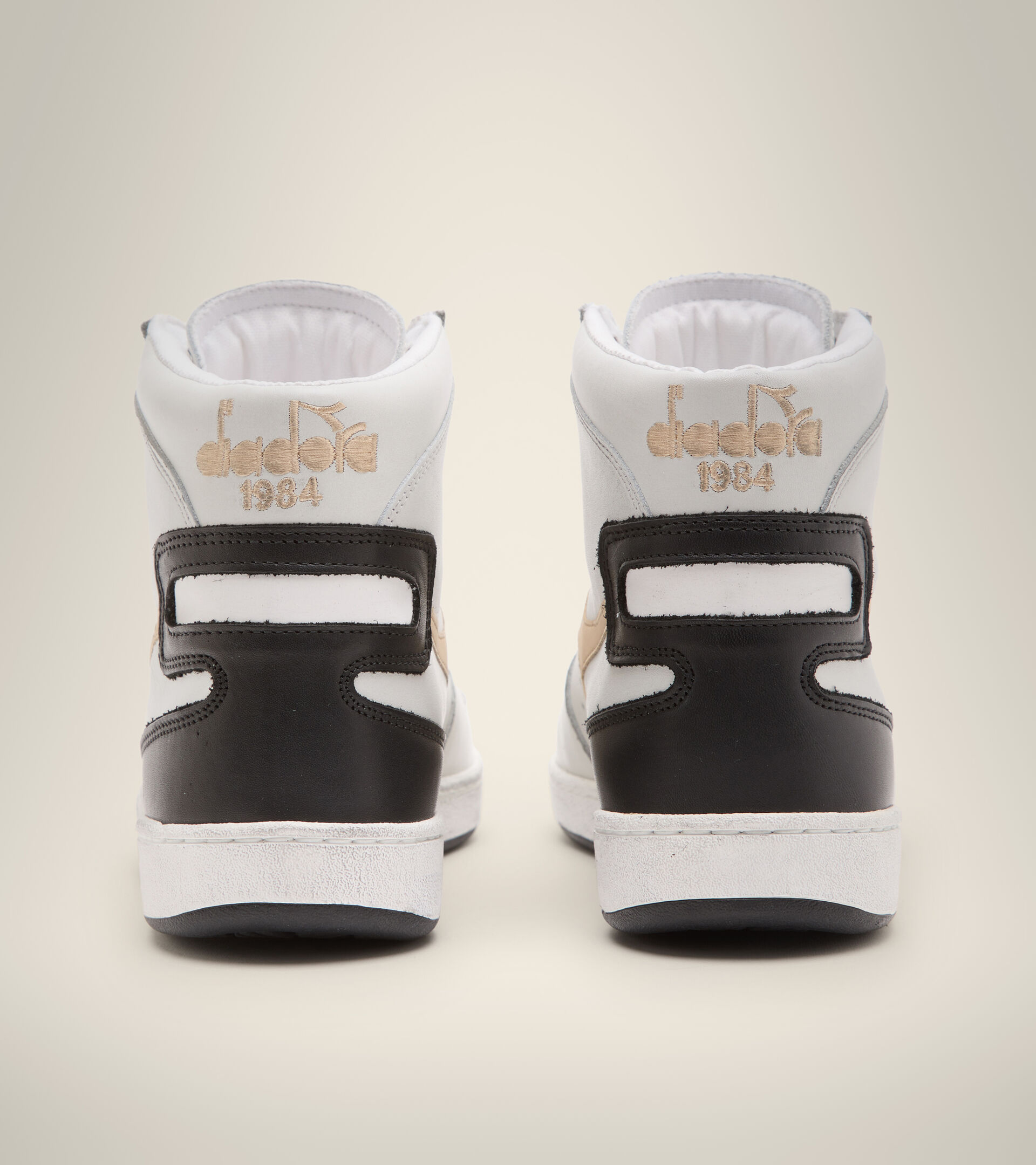 Footwear Heritage UNISEX MI BASKET USED BLANCO/BEIGE CAFE CON LECHE Diadora