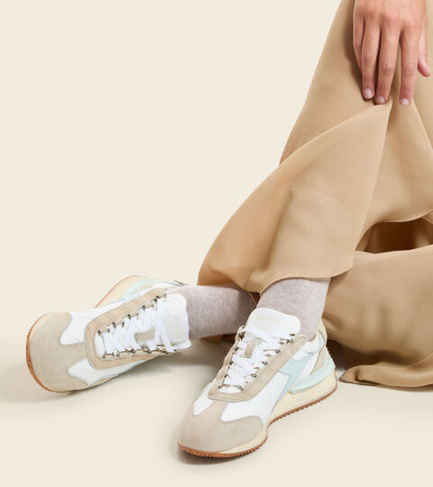 Chaussures Heritage Made in Italy - Femme EQUIPE MAD ITALIA NUBUCK SW WN BLANC LAIT - Diadora