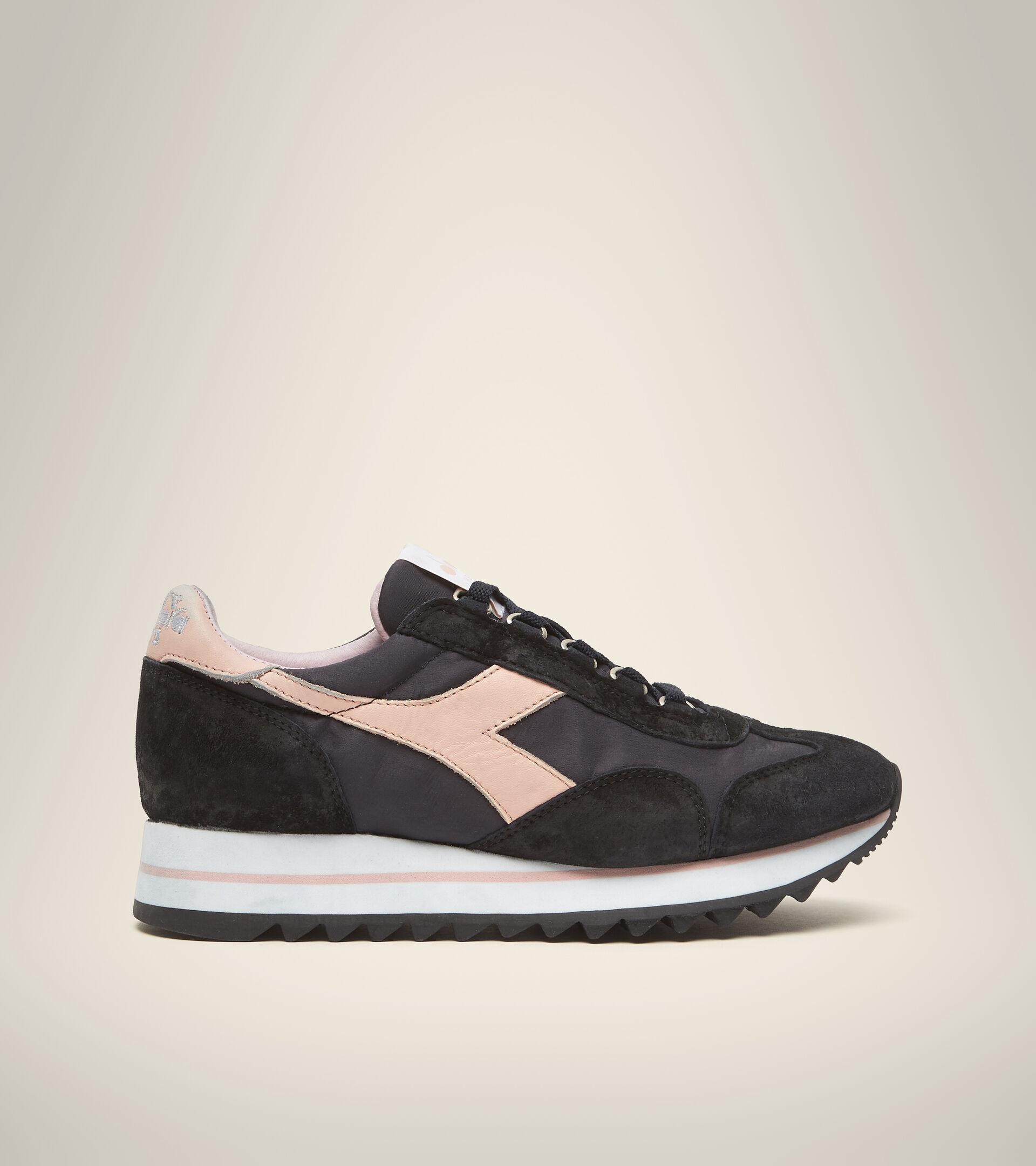 Footwear Heritage DONNA EQUIPE SUEDE SW EVO WN DARK NAVY Diadora