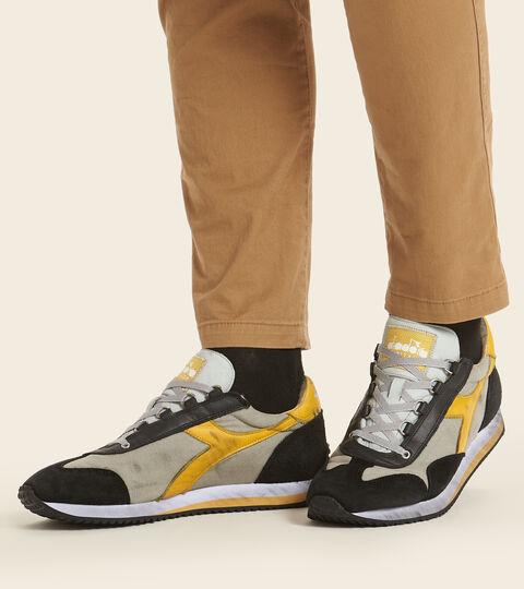 Footwear Heritage UNISEX EQUIPE H DIRTY STONE WASH EVO GRIGIO SALICE Diadora
