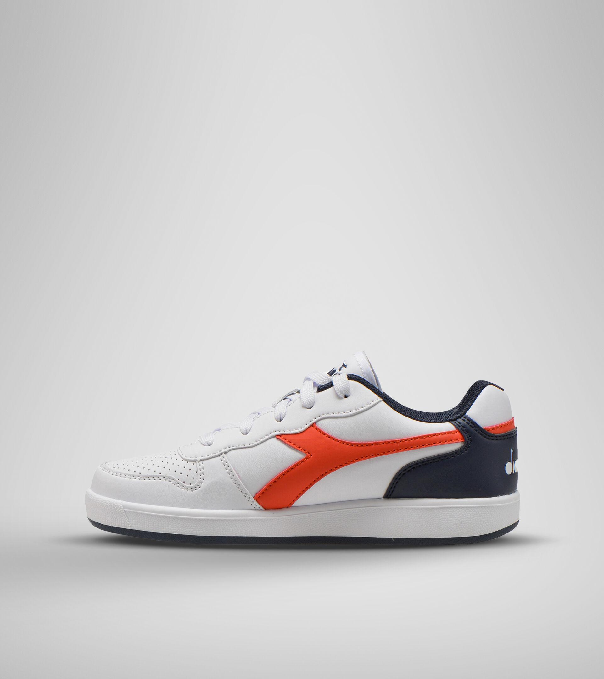 Sports shoes - Youth 8-16 years PLAYGROUND GS WHITE/FIESTA/BLACK IRIS - Diadora