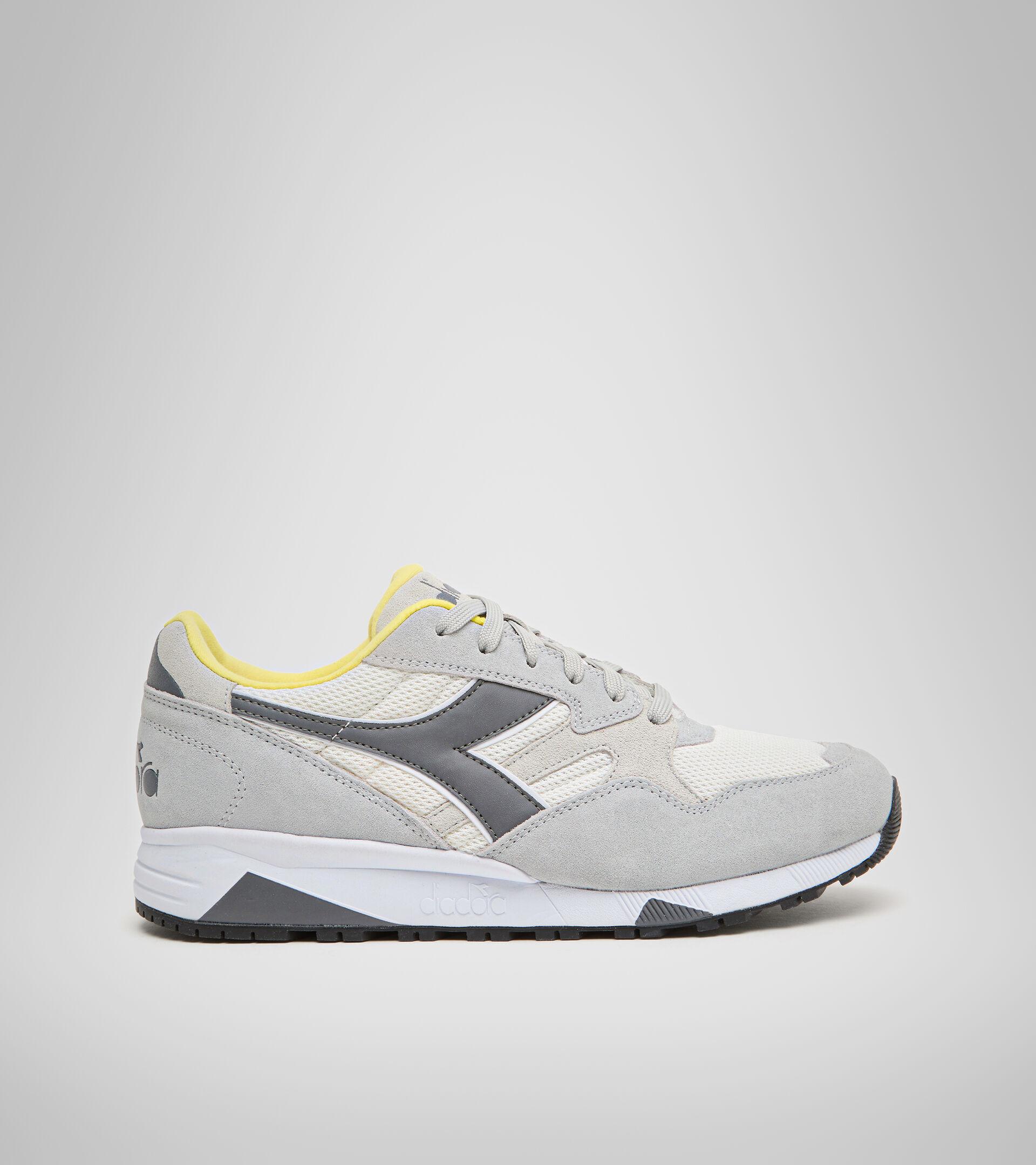Footwear Sportswear UNISEX N902 S ALUMINUM/STEEL GRAY Diadora