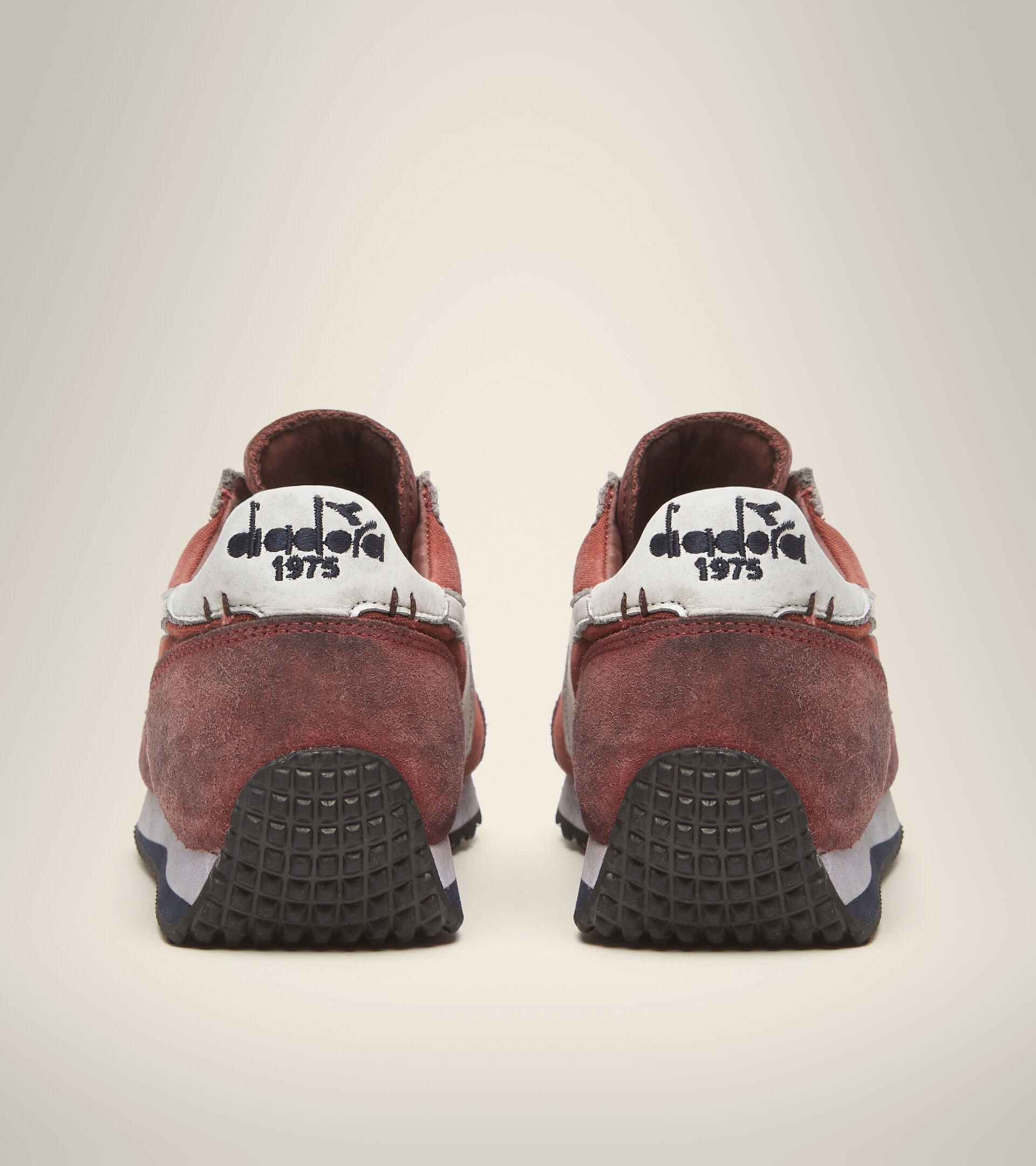 Footwear Heritage UNISEX EQUIPE H DIRTY STONE WASH EVO HENNA QUEMADO Diadora