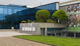 Contact-Us-Company-Diadora-Sport-M