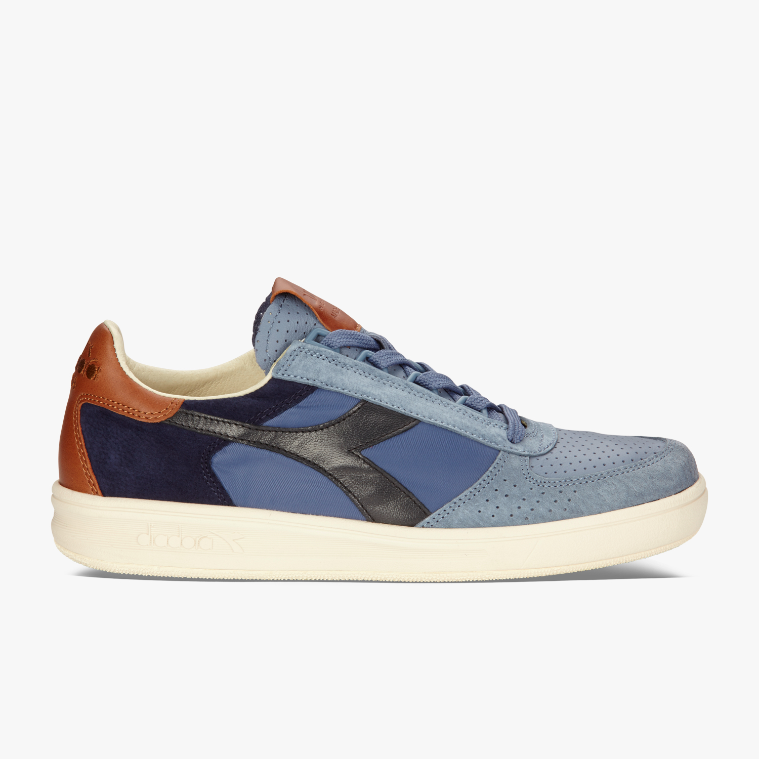 B.ELITE ITA - FOOTWEAR - Low-tops & sneakers Diadora Free Shipping Affordable Sale Shopping Online jnTeb6GZ