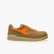 D-JUMP LOW S3 SRC ESD, SAFARI/FLAME ORANGE, swatch