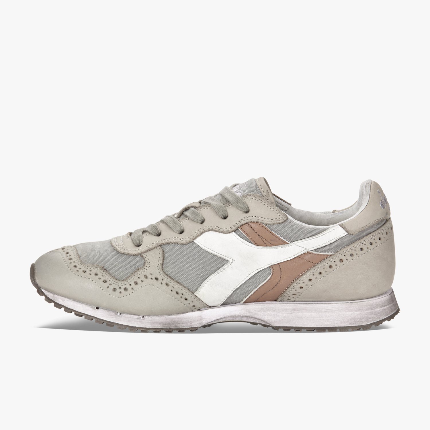 TRIDENT C DYED BROGUE - FOOTWEAR - Low-tops & sneakers Diadora SniQzG7