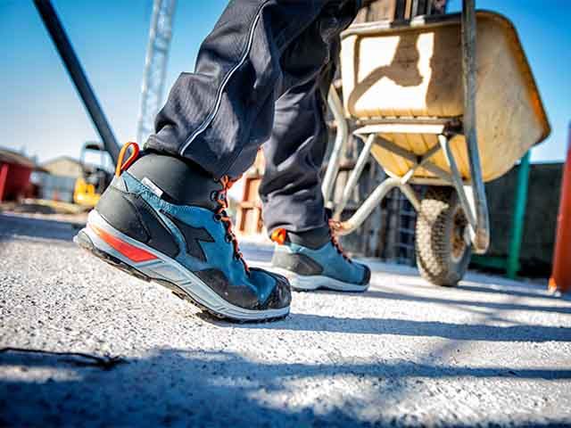 High Working Shoes for Accident Prevention  Diadora